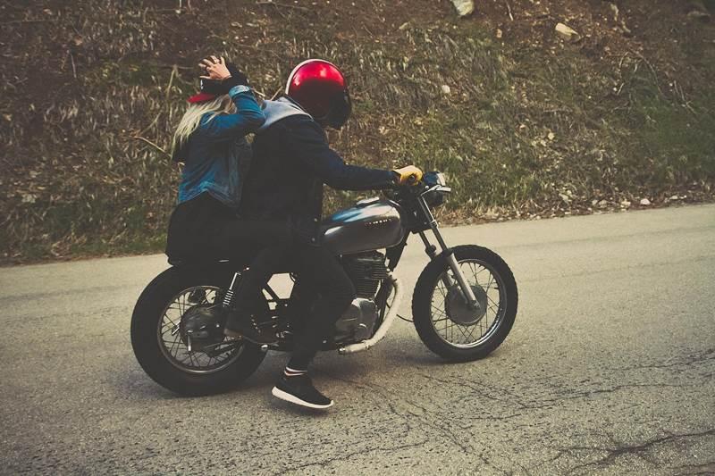 seguro moto jovenes